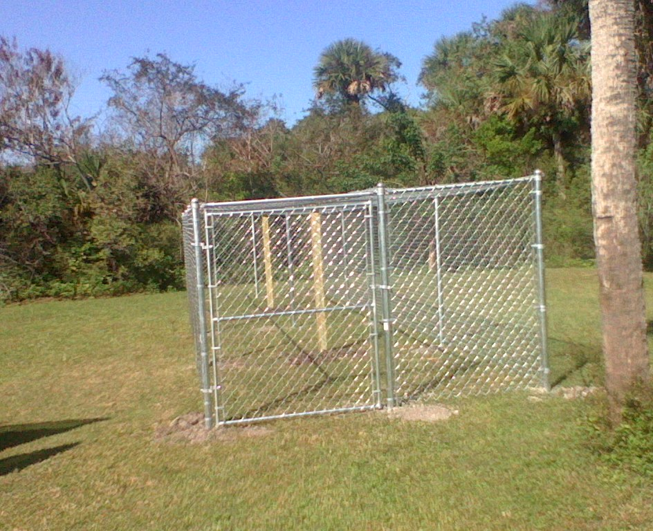 Lance reinoehl fencing inc chain link